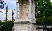 grobnica Encijev stranska