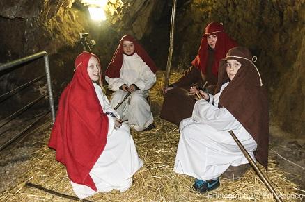 pastirčki v jami Pekel na božično skrivnost