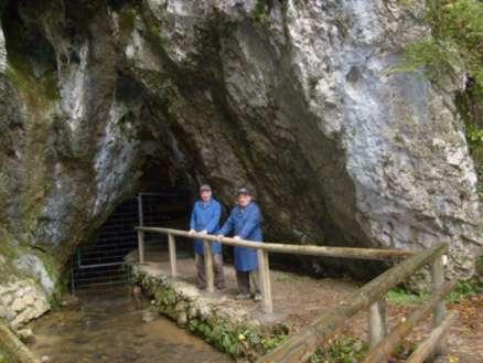 Ograja vhod v jamo